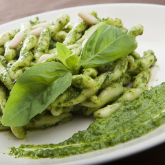 Treccine al pesto alla genovese