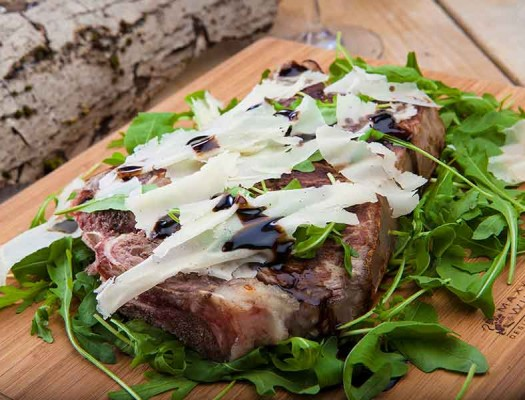 fiorentina-con-rucola-raspadura-glassa_al balsamico
